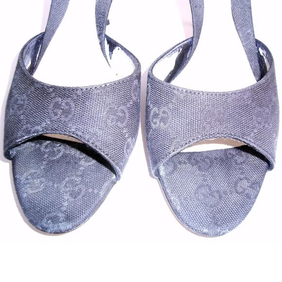 736cd5c8165 Gucci Shoes - Authentic Signature Gucci Black Heels Slide Sandal